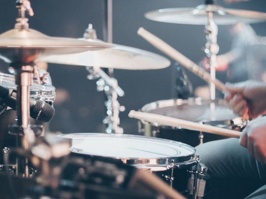 Trommer er en av barnas favorittinstrumenter